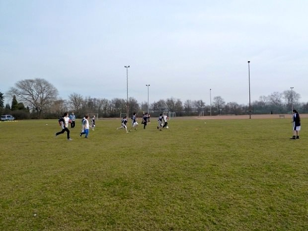 Beim Fußballturnier spielten jeweils sieben gegen sieben Kinder | Foto: Quartiermanagement Herzogenried