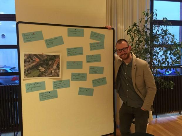 Jörg Ohrnberger, Leiter des Kindergartens St. Michael, nahm Vorschläge den Spielplatz betreffend auf | Foto: M. Schülke