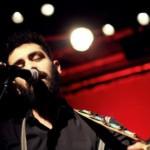 Italienischer Singer-Songwriter im Café Rost