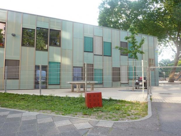 p1040835 620x465 - Uhlandschule gewinnt dritten Baukulturpreis