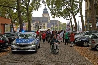 Gegen steigende Mieten und den Abriss günstigen Wohnraums protestierten Neckarstädter/innen | Foto: Neckarstadtblog