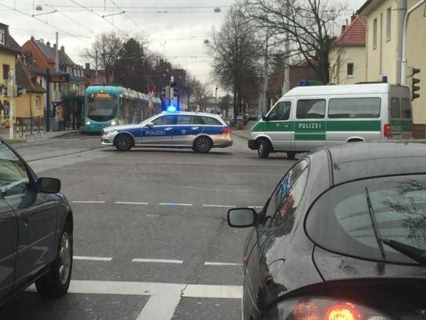 Die Polizei hat großräumig abgesperrt | Foto: Lesereinsendung (B.K.)