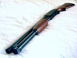 Eine Schrotflinte (Symbolbild) | Foto: Shotgun (cc by-sa 3.0, via Wikimedia)