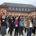 Tanz-Flashmob für ein Ende der Gewalt an Frauen und Mädchen