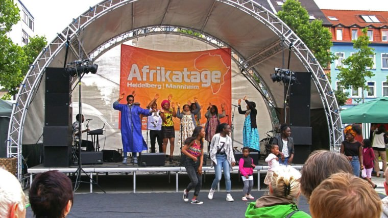 Super Stimmung auf dem Afrikamarkt (Archivbild)   Foto: M. Schülke