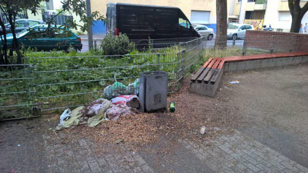 Mit wachsendem Unmut verfolgen die Neckarstädter/innen die Verhältnisse auf öffentlichen Plätzen und Kinderspielplätzen | Foto: Lesereinsendung (M.R.)