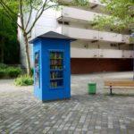 """Musik, Lesung und Picknick beim """"Kulturtreff Bücherschrank"""""""