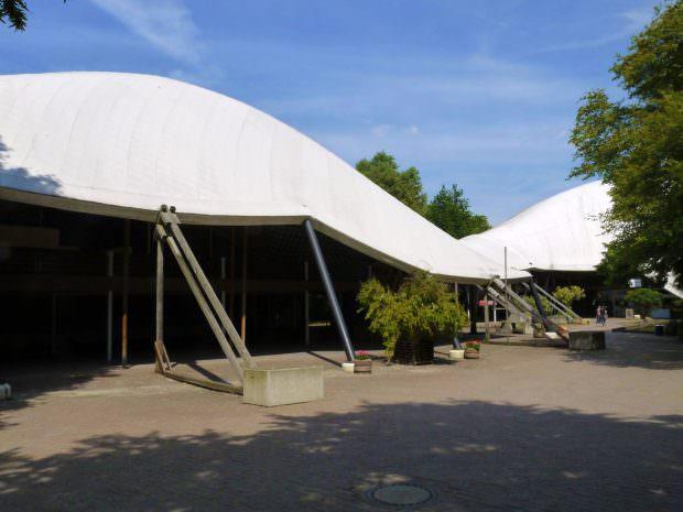 Das charakteristische Planendach der Multihalle | Foto: Neckarstadtblog