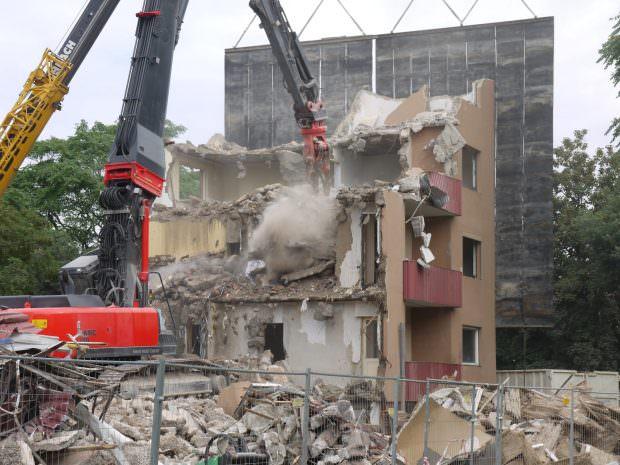 Eins ist hin, drei im Sinn. Während die GBG Fortschritte macht, wächst bei den verbleibenden Mieter/innen die Verzweiflung | Foto: Neckarstadtblog