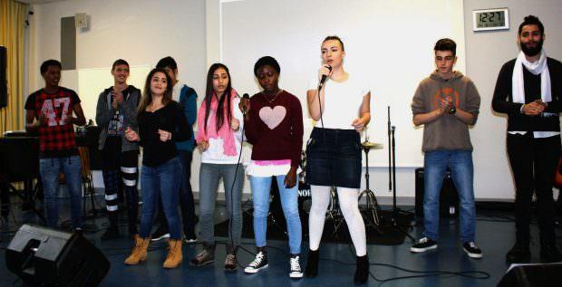 Eine von insgesamt vier Schülergruppen des Move'n'Groove-Projekts | Foto: Stadt Mannheim