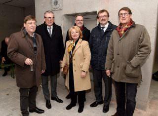 Lothar Quast, Dr. Peter Kurz, Helen Heberer, Dr. Ulrich Nieß, Karl-Heinz Frings und Michael Grötsch (v.l.n.r.) | Foto: Stadt Mannheim, Thomas Tröster