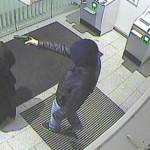 Polizei sucht nach gescheitertem Sparkassen-Räuber