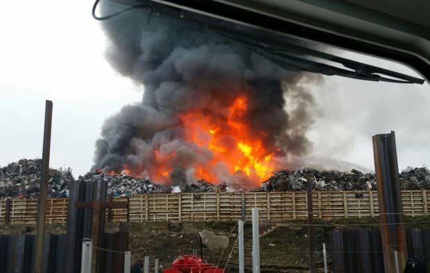 img 0284ed 620x394 - Großbrand bei Recyclingunternehmen (Update)