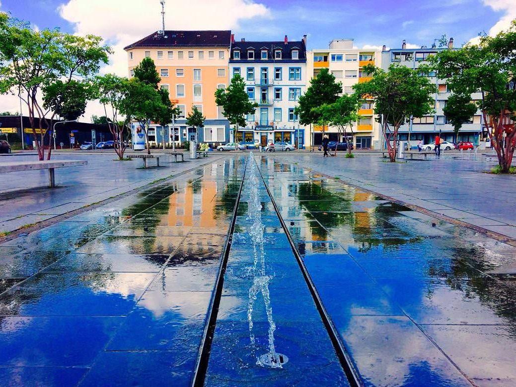 Die sommerliche Brunnenanlage auf dem Alten Messplatz (Archivbild) | Foto: M. Schülke