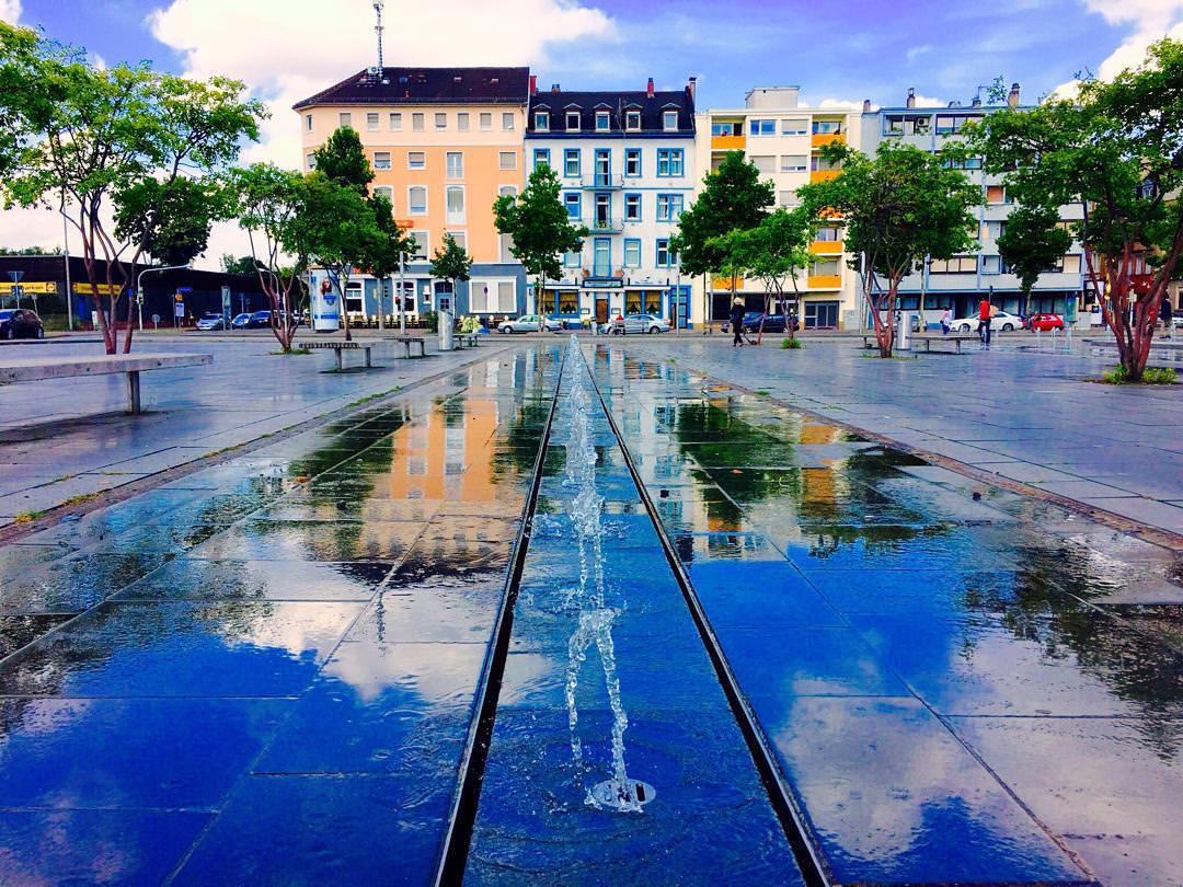 Die sommerliche Brunnenanlage auf dem Alten Messplatz (Archivbild) | Foto: Neckarstadtblog