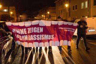 Demo durch die nahe Johann-Weiß-Straße | Foto: CKI