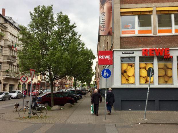 Einkaufsmärkte in der Langen Rötterstraße sind immer wieder Ziel von Überfällen (Symbolbild) | Foto: M. Schülke