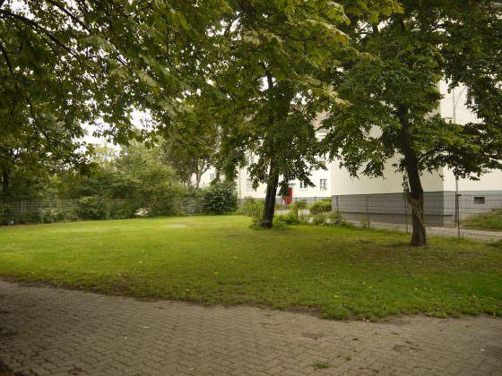 Auf dieser Brachfläche am Bolzplatz beim Erlenhof wird aller Wahrschinelichkeit nach in Zukunft nachbarschaftlich gegärtnert   Foto: Schülke