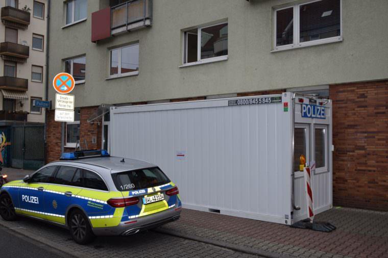 In diesem Container sind die Polizeibeamten wie gewohnt für die Bevölkerung ansprechbar   Foto: Polizeipräsidium Mannheim