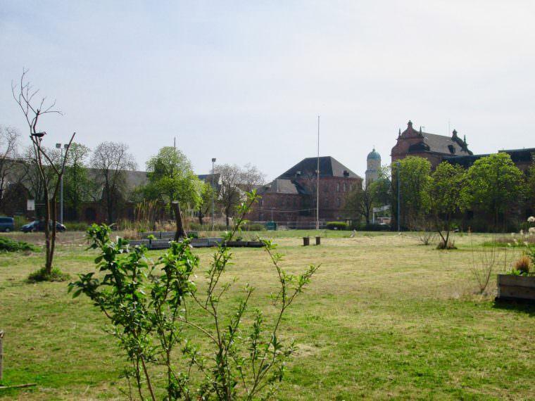 Unter dem Turleyplatz soll noch eine Tiefgarage entstehen (Archivbild)   Foto: M. Schülke