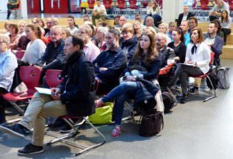 Die Teilnehmenden werden begrüßt | Foto: Hans-Jürg Liebert