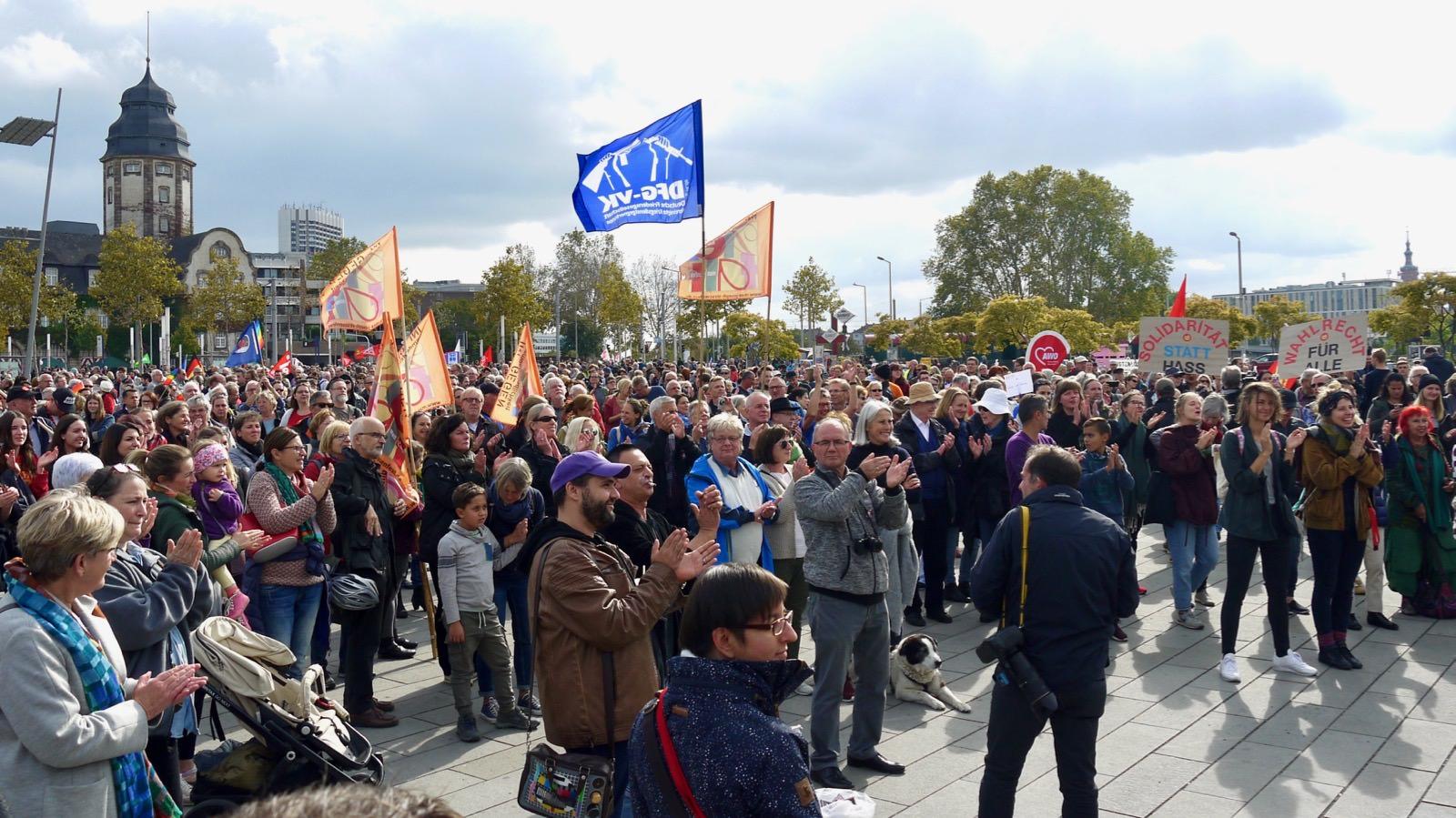 Bunter Demobeginn auf dem Alten Messplatz | Foto: M. Schülke