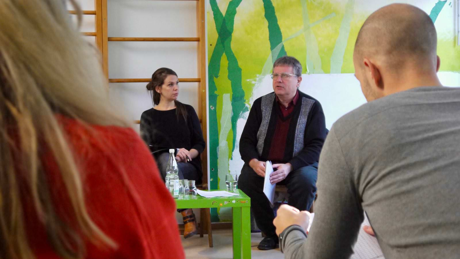 Bezirksbeirätin Stefanie Heß und Stadtrat Raymond Fojkar (beide Grüne) führten durch die Gesprächs- und Informationsveranstaltung für Familien | Foto: M. Schülke