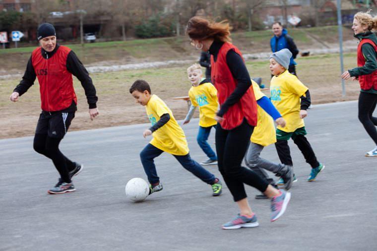 Kinder gegen Verwaltung: Das eingespielte Team gewinnt | Foto: Christina Stihler / MWSP