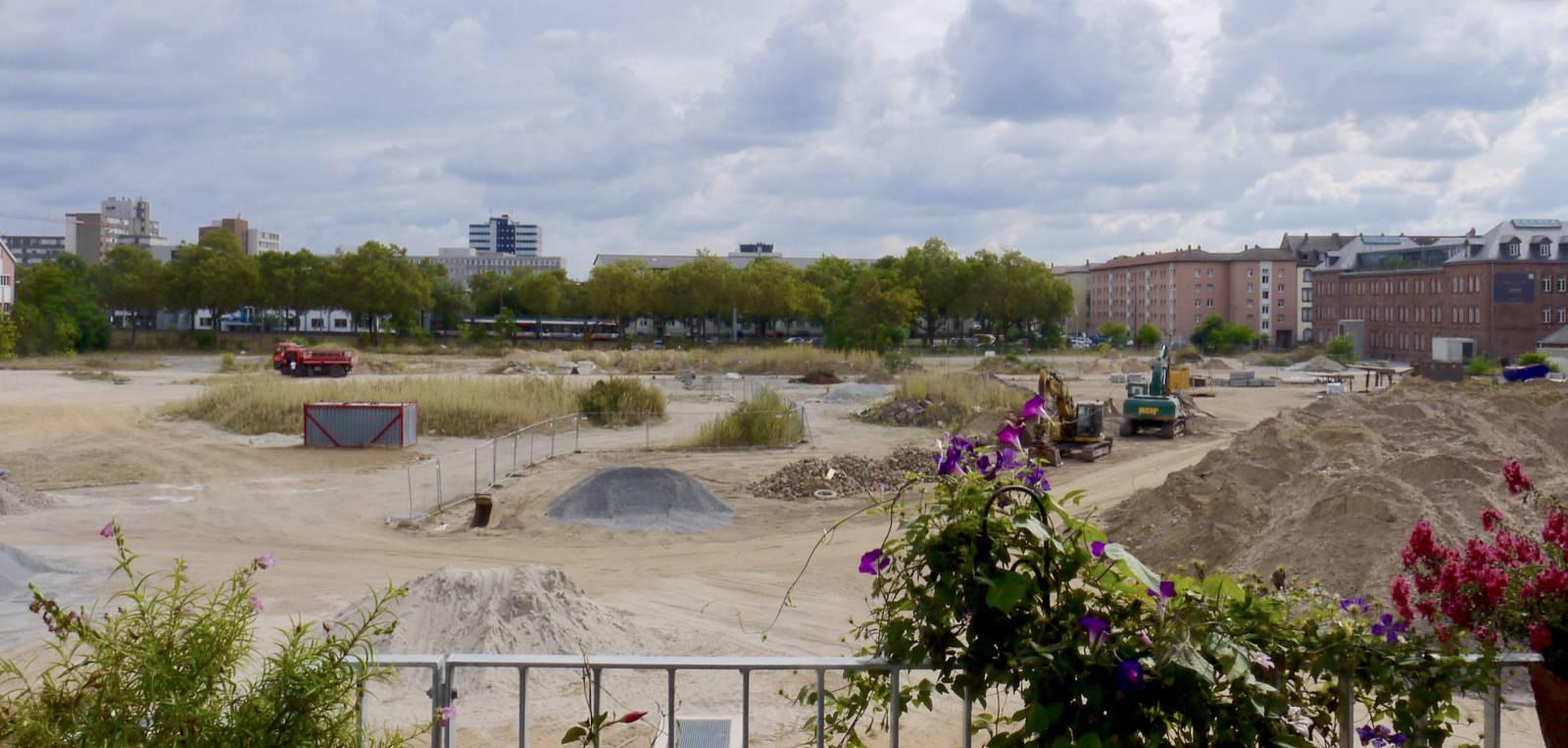 Die fraglichen Turley-Baufelder aus der Sicht der Wohnprojekte (Archivbild 2016) | Foto: M. Schülke