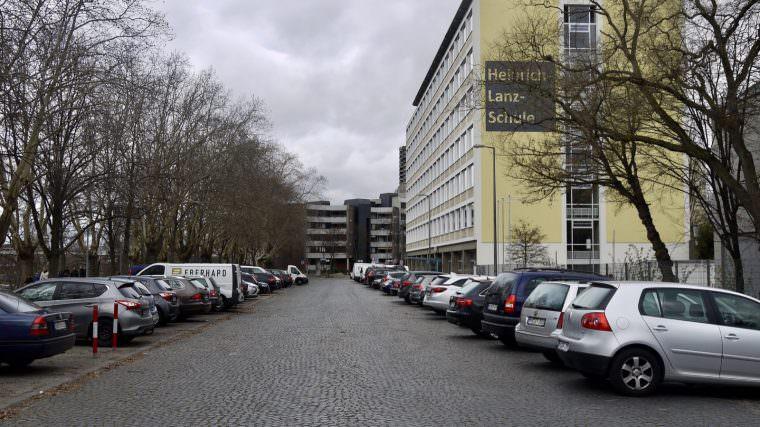 Die Heinrich-Lanz-Schule am Neckarufer | Foto: M. Schülke
