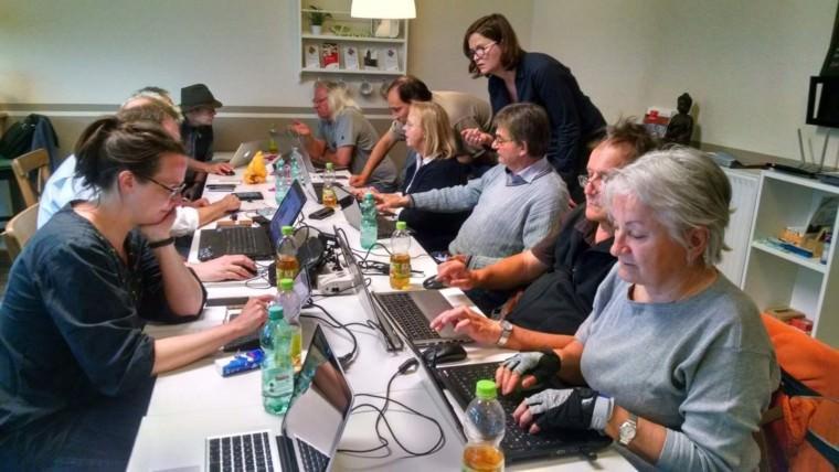 Blog-Workshop für Journalist*innen im Bürgercafé Wohlgelegen | Foto: Sabine Hebbelmann / dju Rhein-Neckar