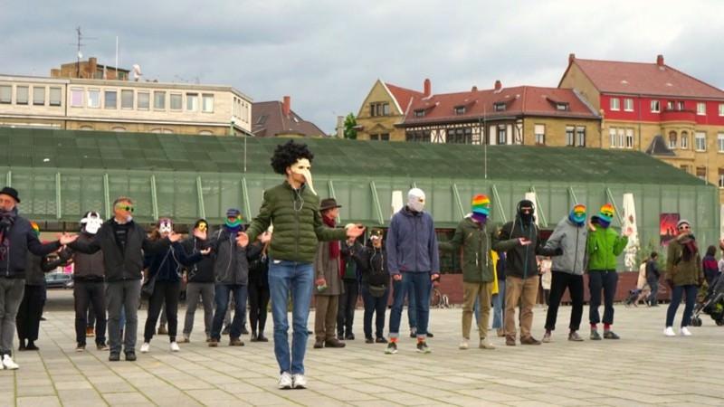 Kreative Aktion der George Orwell Ultras im Frühjahr 2019 auf dem Alten Messplatz   Foto: George Orwell Ultras