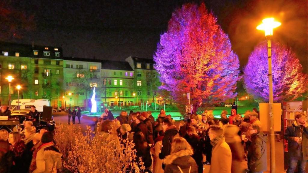 Der Neumarkt ist ein guter Startpunkt für die Konzerte am ersten Abend der Lichtmeile | Foto: Andreas Lindemann