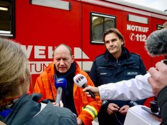 Am Mikrofon: Sicherheitsdezernet Christian Specht | Foto: M. Schülke