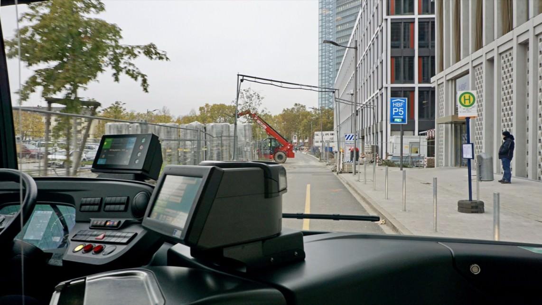 Die Buslinie 65 auf ihrer Fahrt durch das Glückstein-Quartier | Foto: Stadt Mannheim