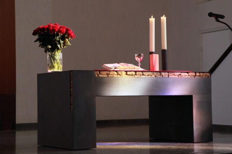 Altar der CityKirche Konkordien | Foto: Christoph Bluethner, www.bluethnerbilder.de