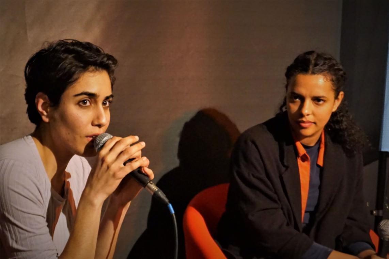 Moderatorin Tala Al-Deen (l.) und Autorin Alica Hasters | Foto: Christian Ratz