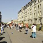 Mit Abstand und Anstand: Demo der Seebrücke für Evakuierung der Sammellager