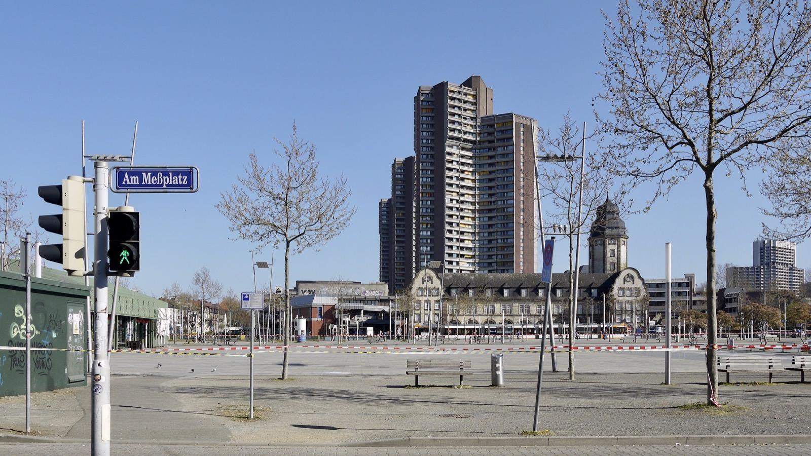 Bis mindestens Mitte Juni bleibt der Alte Messplatz gesperrt | Foto: M. Schülke
