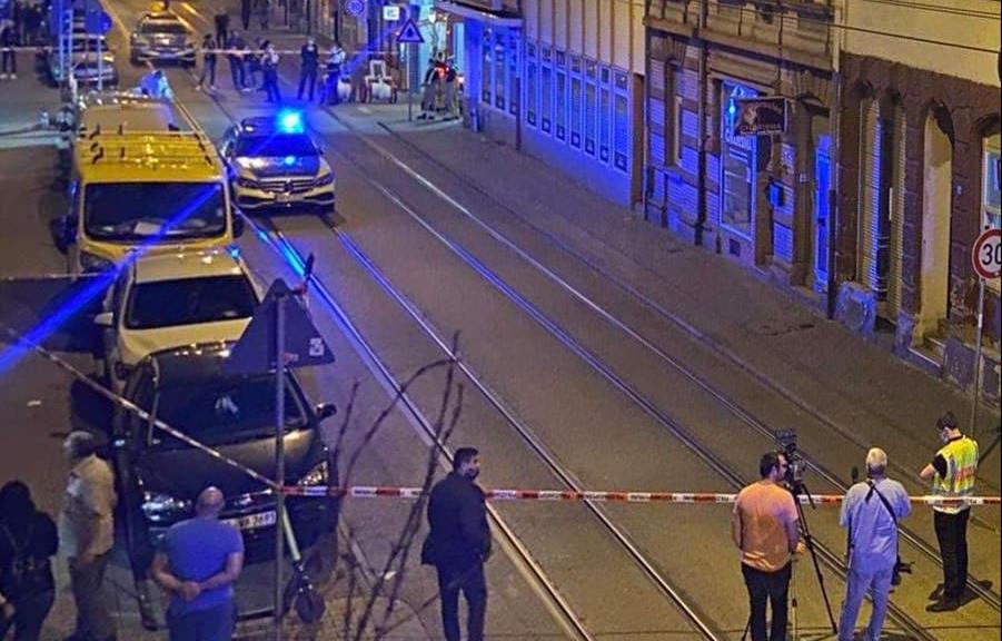 Bis in die späten Abendstunden ist der Tatort für die Ermittlungsarbeit der Polizei abgesperrt | Foto: zg