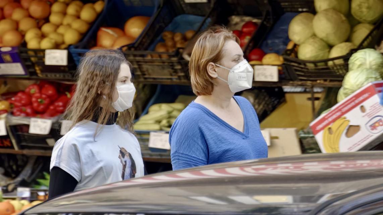 Steigende Fallzahlen bedeuten auch eine Ausweitung der Maskenpflicht   Foto: Candid Shots (via Pixabay)