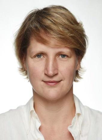 ulrike stoeck hans joerg michel 340x464 - Ulrike Stöck als Intendantin des Jungen Nationaltheaters bestätigt