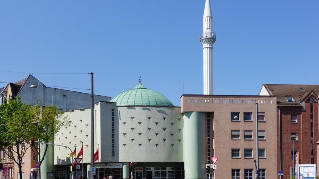 Die Yavuz Sultan Selim Moschee am Luisenring | Foto: Hubert Berberich (CC BY-SA 3.0)