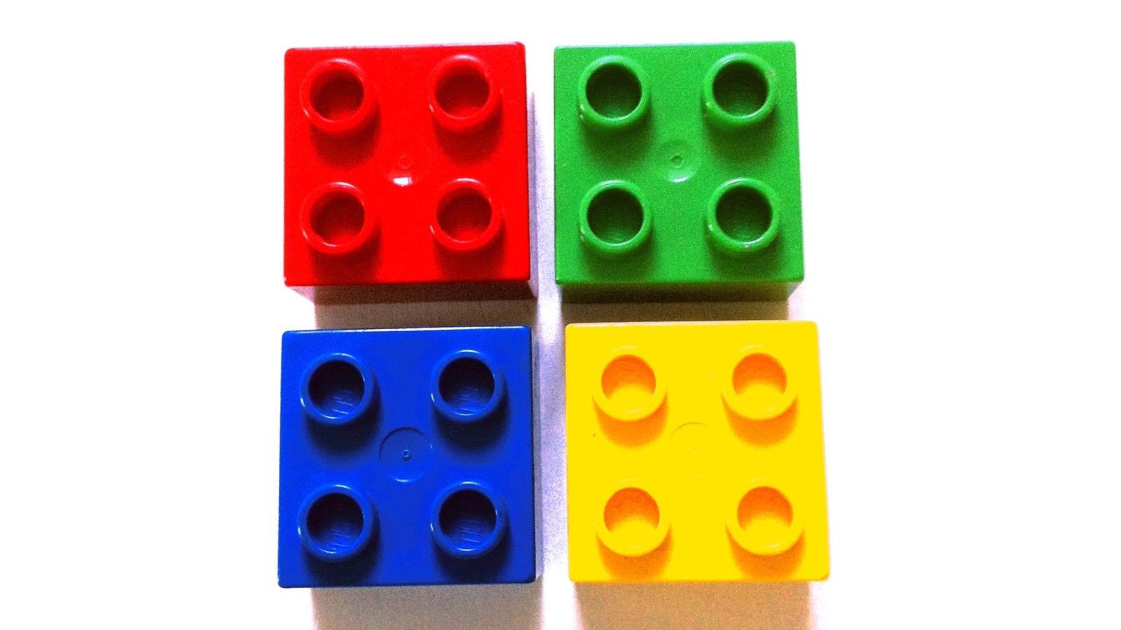 GBG (rot), MWSP (grün), BBS (gelb) und ServiceHaus (blau) bilden die Bausteine der GBG-Unternehmensgruppe   Foto: Joakim Roubert (via Pixabay)